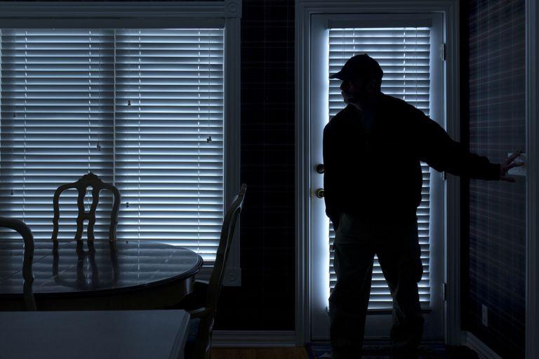 https://www.xiliumhealth.com/wp-content/uploads/2018/07/gallery-1435001444-burglar-inside-house.jpg
